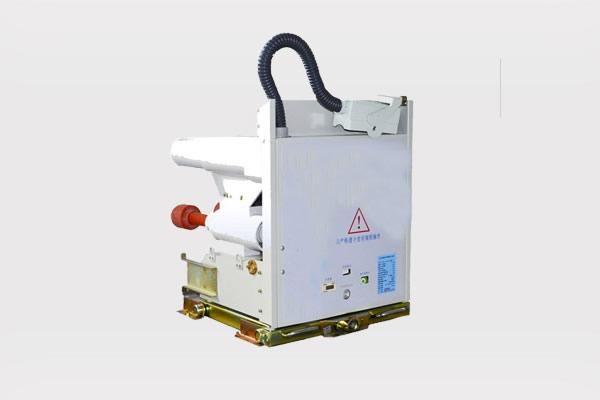 Medium voltage fuse combination contactor