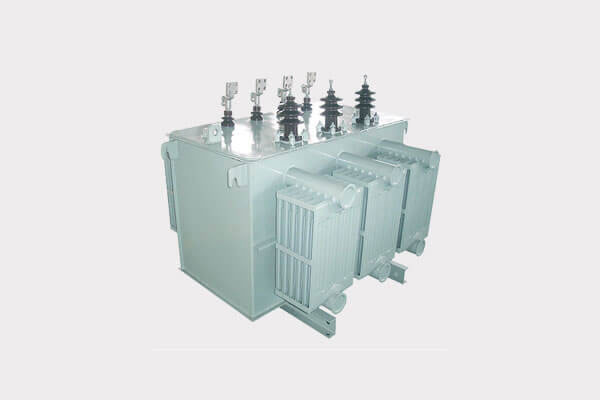 Distribution transformer with amophous coil low loss