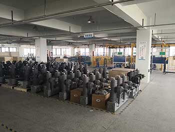 Auto Recloser Workshop Factory